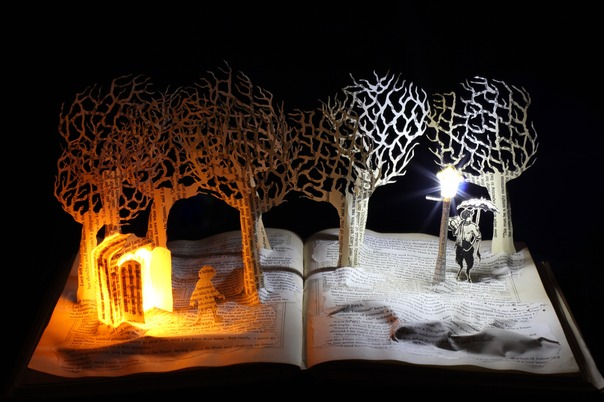 Meeting Mr Tumnus book sculpture 2 web